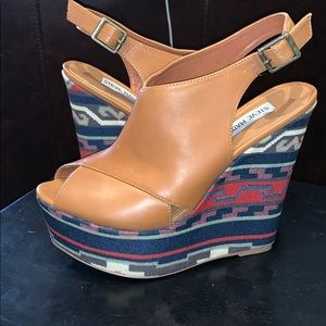 Super Cute Steve Madden Elissaa Tribal Wedges!